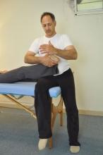 תנועה משולבת של כף הרגל בקרסול ובמפרק הירך